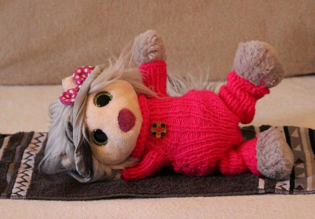 Elli is one of the plushie community's most sporty stuffed animals