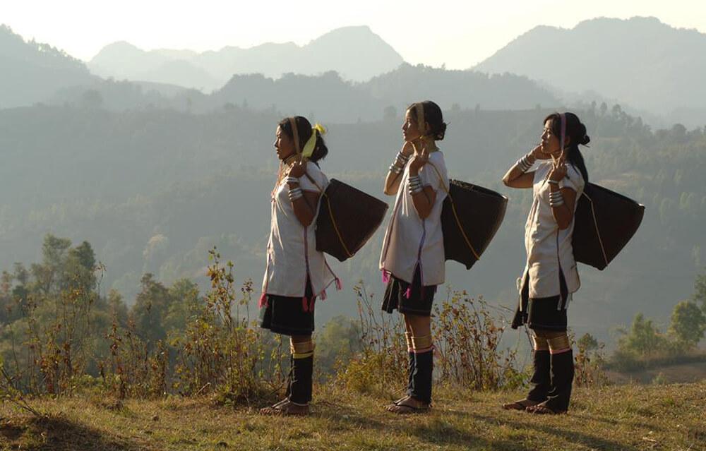 World Cinema 074 - Myanmar (Kayan Beauties)