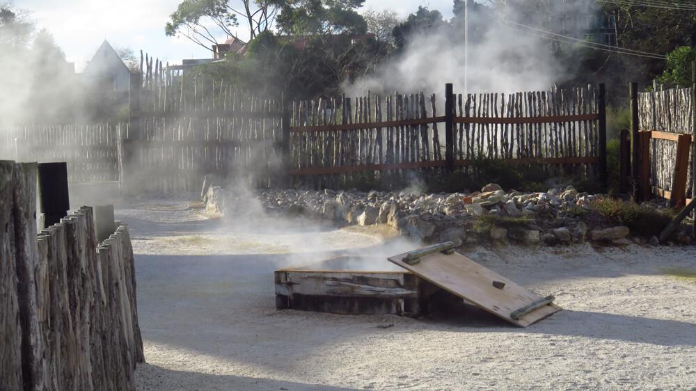 De 'hangi', een tradtionele thermische Māori oven
